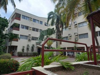 4 Bedrooms En-suite Flat with a Bq Serviced with 24 Hours Light, Victoria Island (vi), Lagos, Flat / Apartment for Rent