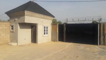 Luxury 5 Bedrooms, By The Express Road, Opposite Technobat Quarters, Jalingo, Taraba, Detached Bungalow for Sale
