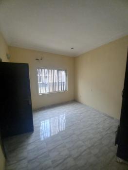 Excellent 3 Bedroom Flat, Osapa, Lekki, Lagos, Flat / Apartment for Rent